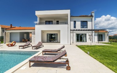 Villa rentals in Istria - The Beautiful Synergy of Green and Blue Istria