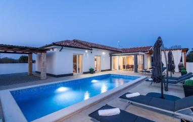Villa Miracle