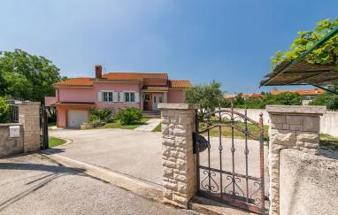 Villa B&L